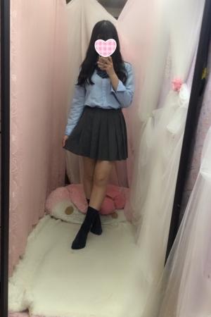 体験入店4/29初日すず(JKあがりたて18歳)