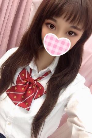 10/6体験入店初日のえる(JKあがりたて18歳)