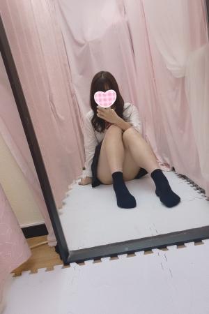 体験入店10/31初日えみるJK上がりたて18歳