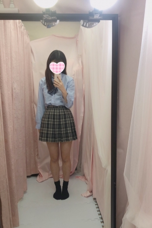 体験入店1/9初日しゅりJK上がりたて18歳