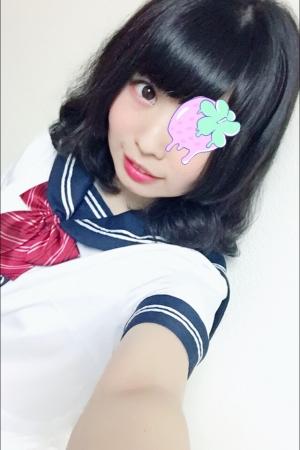みかんちゃん(JK上がりたて18歳)