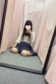 体験入店7/13初日ちかJK上がりたて18歳